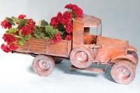 Автомобиль грузовой (для цветов)